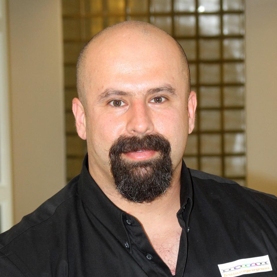 Pejman Ebrahimi : Bachelor Bygg og Anlegg HIN