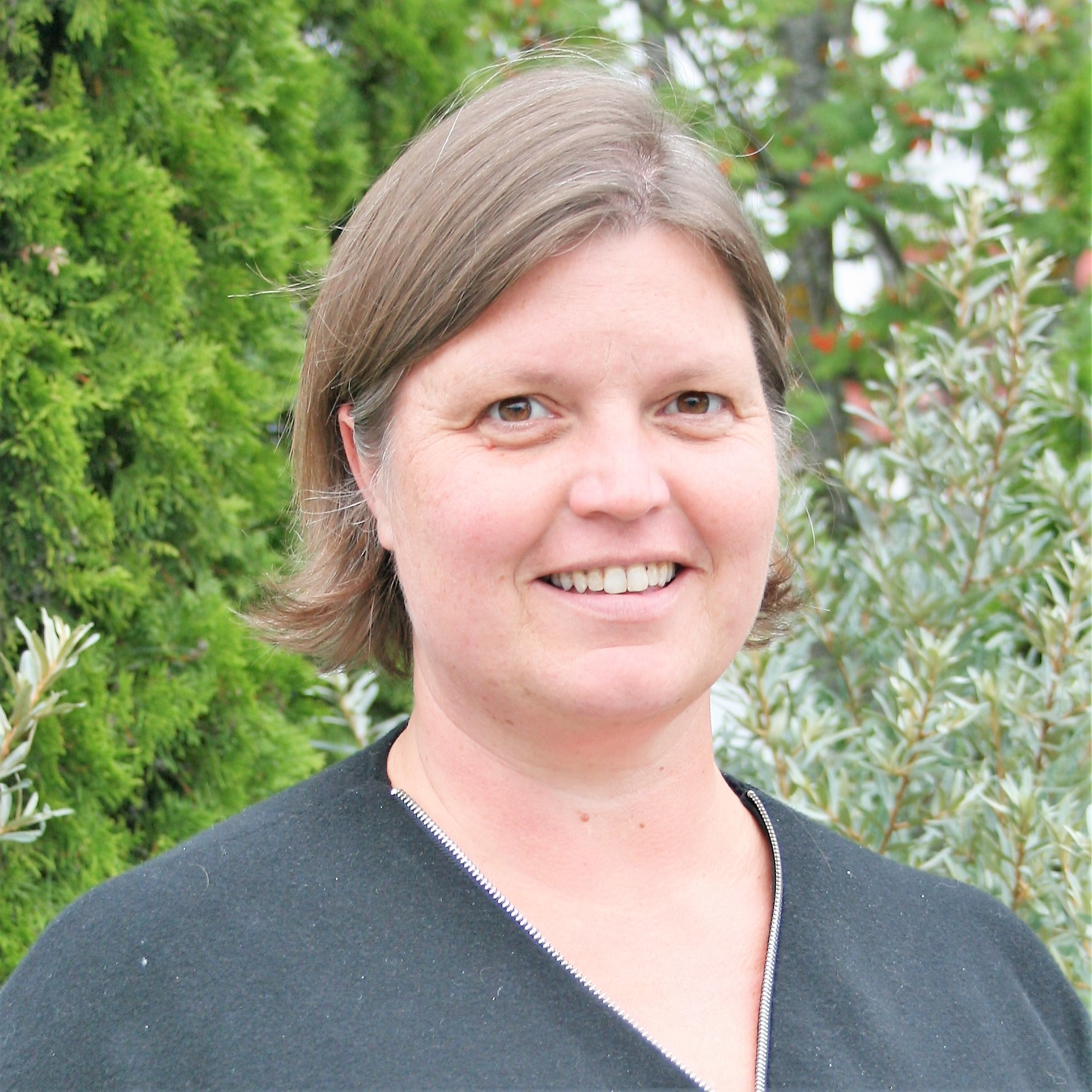 Liv Thea Hanestad : Ingeniør